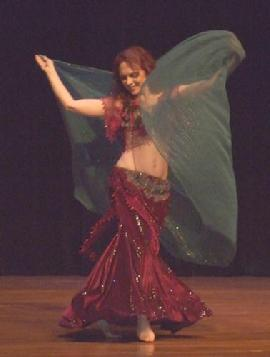 Piper's lyrical and dynamic veil dancing at Belly Dance Magic 2007 274R